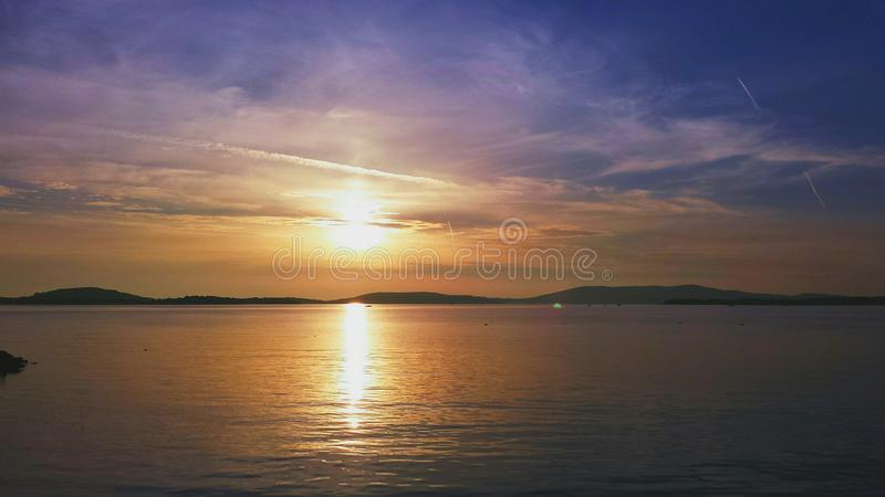 Хорватский заход солнца побережья стоковая фотография rf