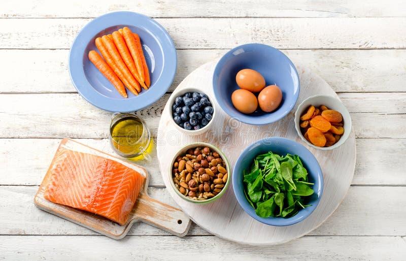 Хорошая еда для здоровья глаз стоковое фото