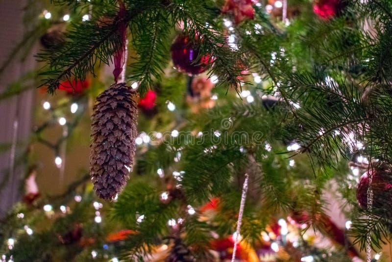 Украшения рождественской елки стоковые изображения