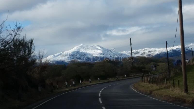 Холмы Snowy стоковая фотография