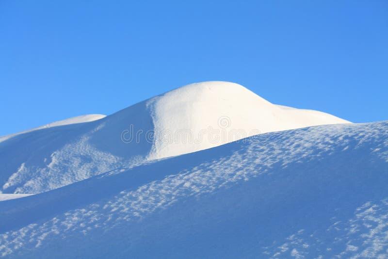 Холмы Snowy стоковые фотографии rf