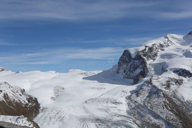 Холм снега стоковые фото