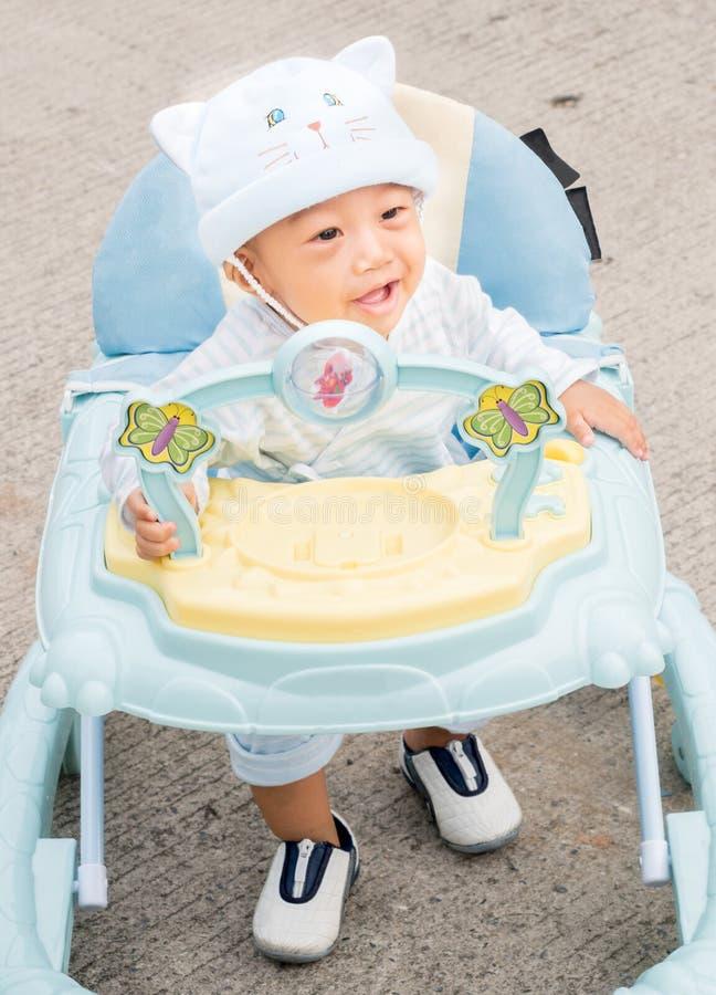 Ходок младенца стоковые изображения