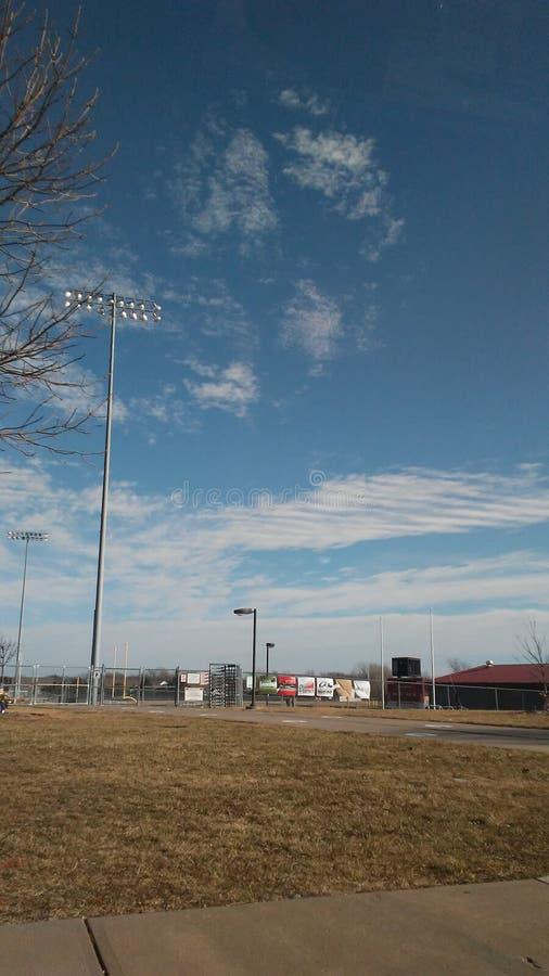 Холодные смотря облака стоковая фотография