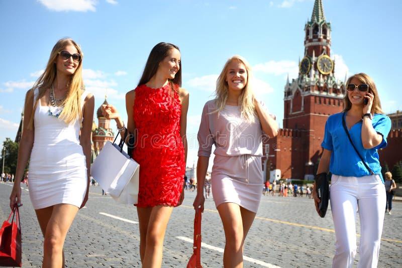 Фото женщин в Москве