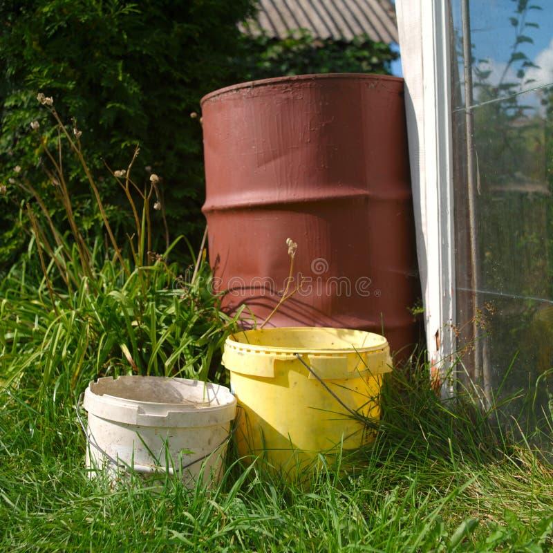Хранение воды в саду стоковые изображения rf