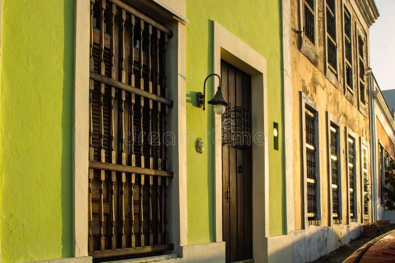 Храните фронты в Сан-Хуане, PR стоковое изображение
