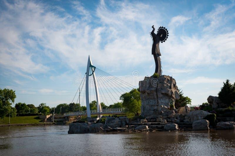 Хранитель равнин в Wichita Канзасе стоковое фото rf