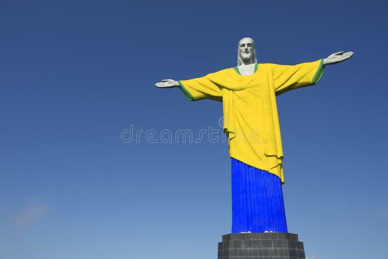 Христос футбол футбола спасителя бразильский красит форму стоковые фотографии rf