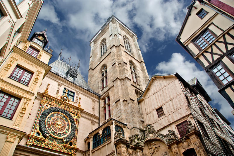 Хронометрируйте в руте du gros-Horloge, Руане, Франции стоковое изображение