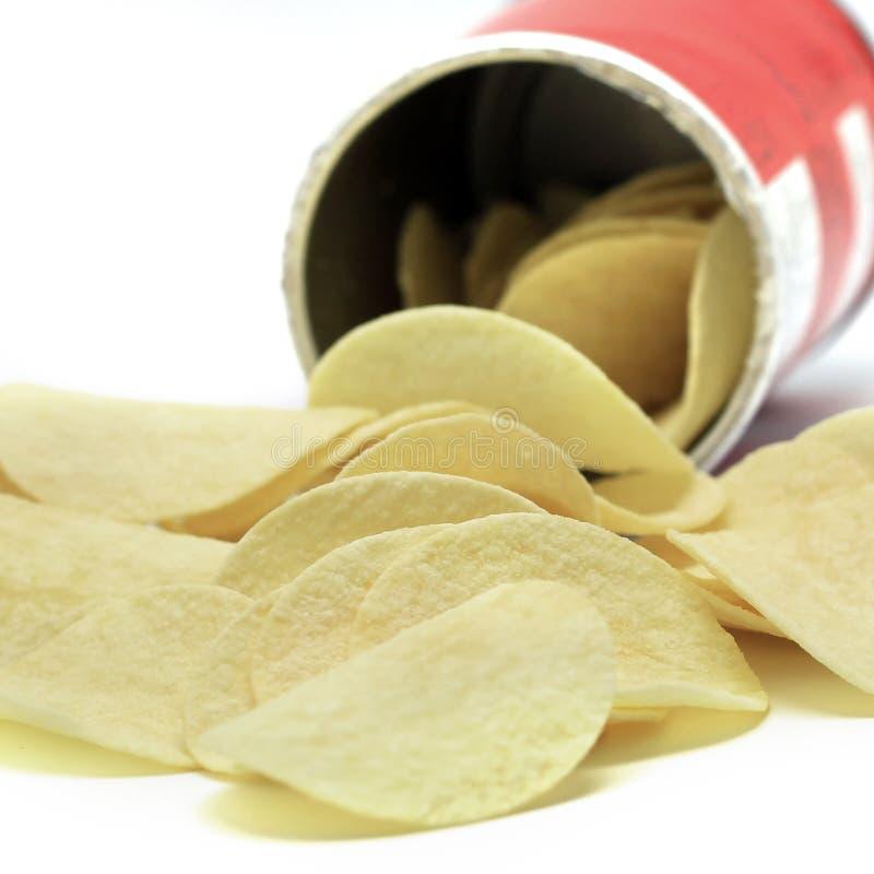 Download Хрустящие корочки картошки стоковое изображение. изображение насчитывающей посолено - 40588431