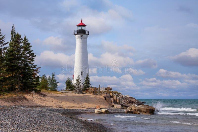 Хрустящий маяк пункта на Lake Superior стоковое фото