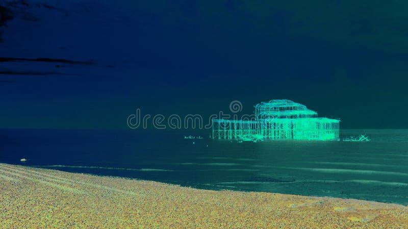 Художественная голубая пристань Брайтона западная стоковое изображение