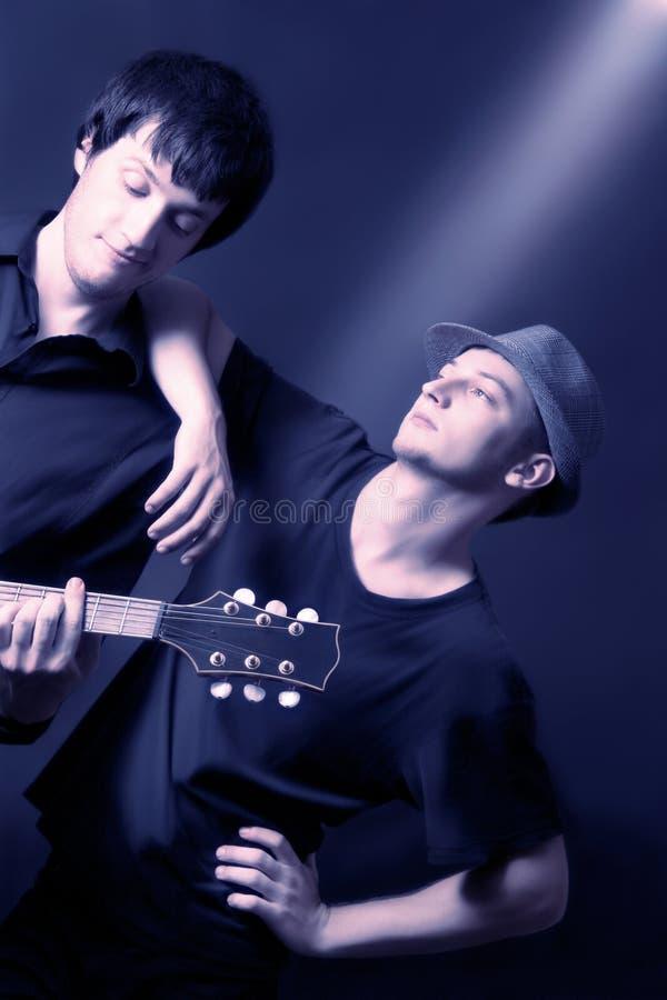 художнические музыканты дуэта согласия стоковая фотография