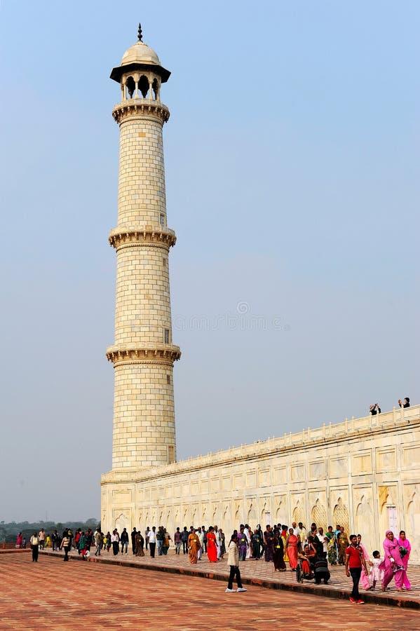 Худенький минарет Тадж-Махала стоковые изображения