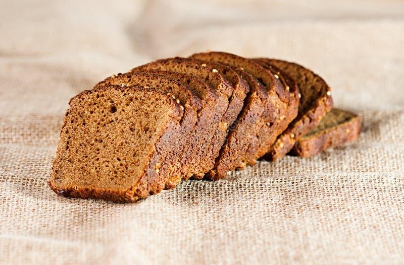 Download Хлеб на мешковине стоковое изображение. изображение насчитывающей bakersfield - 40591397