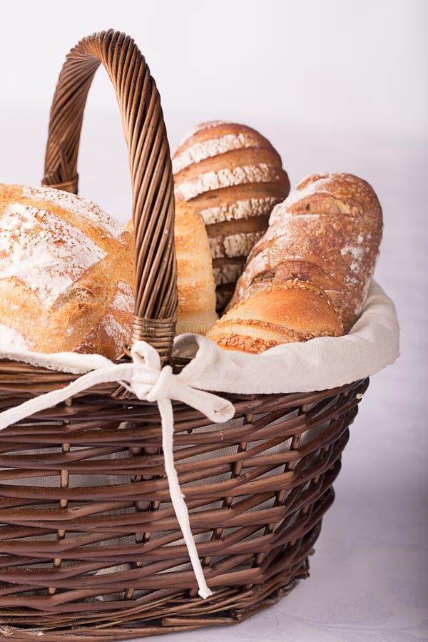 Download хлеб свежий стоковое изображение. изображение насчитывающей bakersfield - 40579829