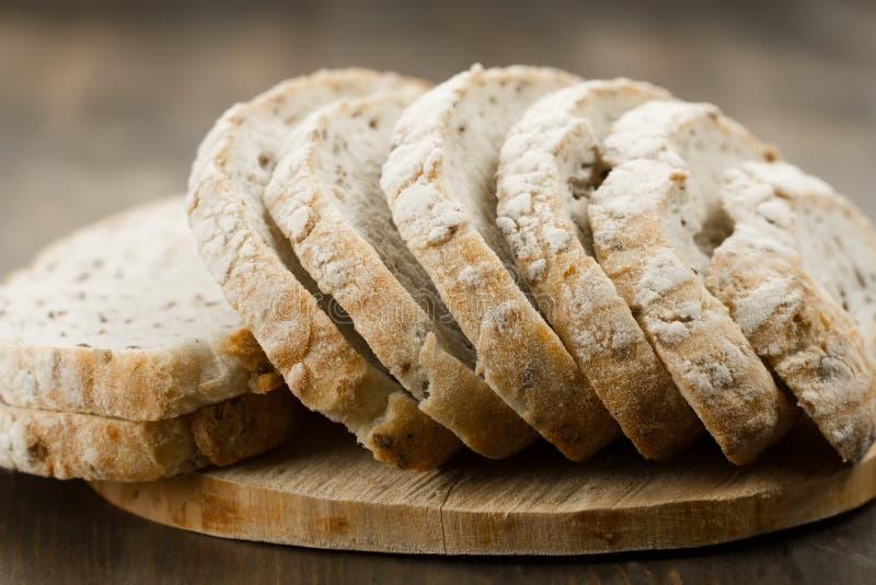 Хлеб хлебца свеже испеченный традиционный стоковое фото