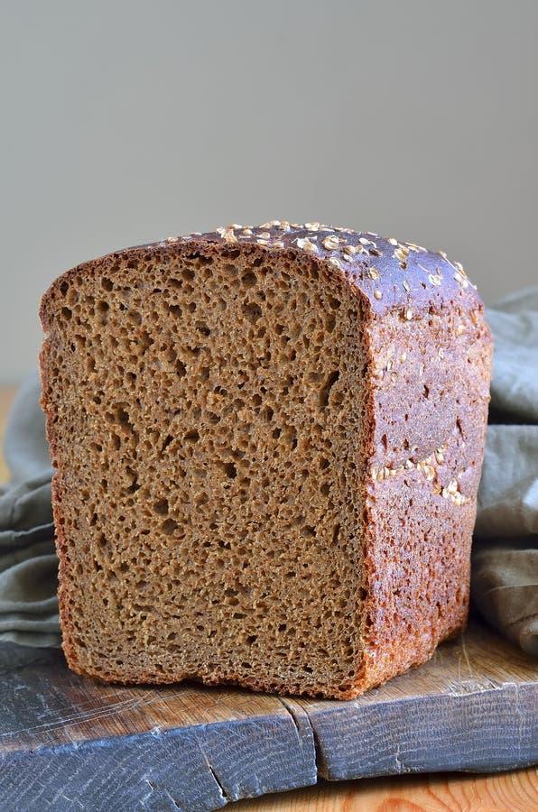 Download Хлеб стоковое фото. изображение насчитывающей деревенский - 41662208