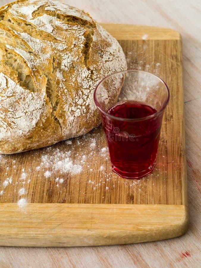 Хлеб и вино стоковая фотография