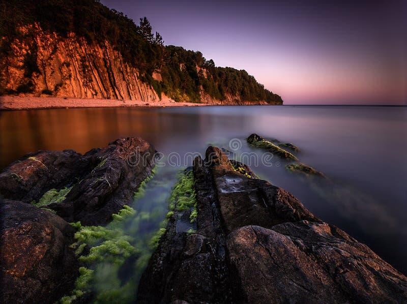 Хлестать море стоковые изображения rf