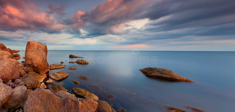 Цветастая панорама захода солнца стоковая фотография