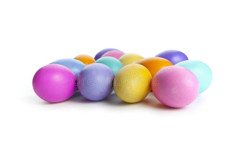 Download цветастые пасхальные яйца стоковое фото. изображение насчитывающей яичка - 18399228