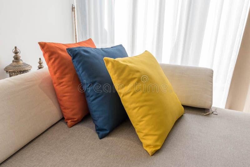 цветастые подушки стоковое изображение rf