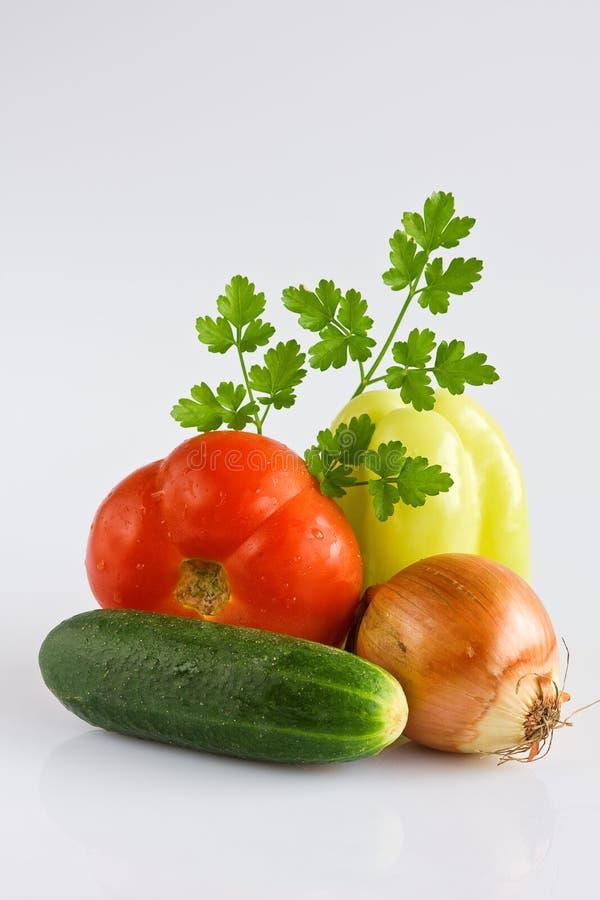 цветастые свежие здоровые овощи все стоковое изображение