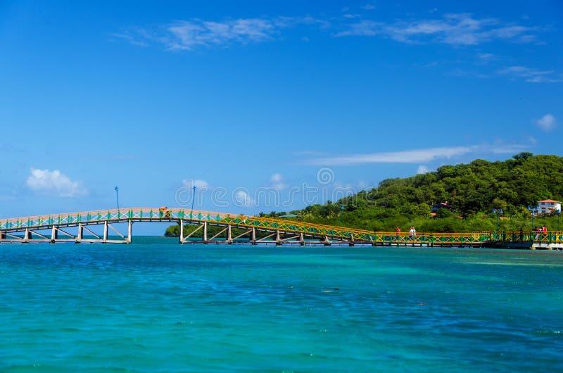 Цветастый мост стоковая фотография