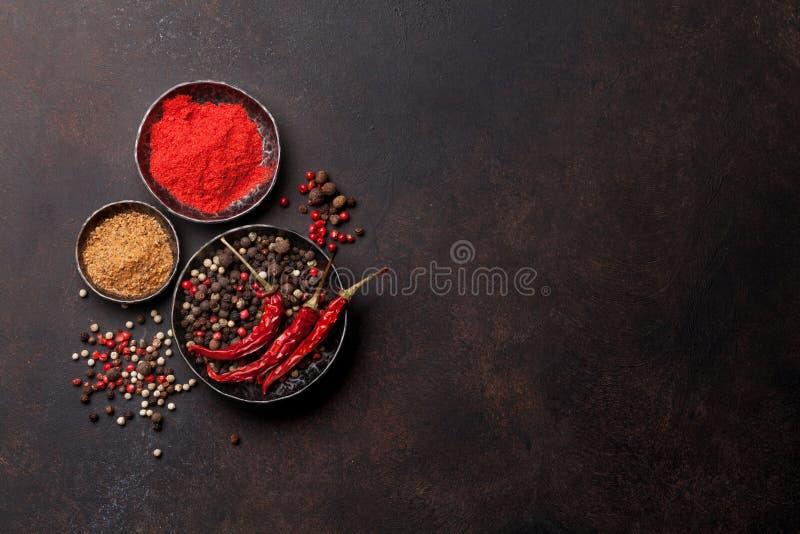 Цветастый перец специи трав различные стоковая фотография rf