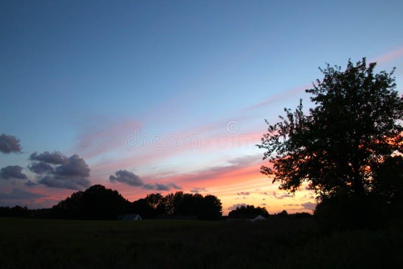 Цвета радуги горизонт стоковые фотографии rf