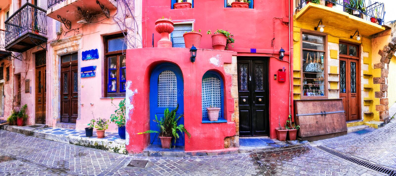 Цвета серий Греции - ярких улиц старого городка Chania, Cret стоковые фото