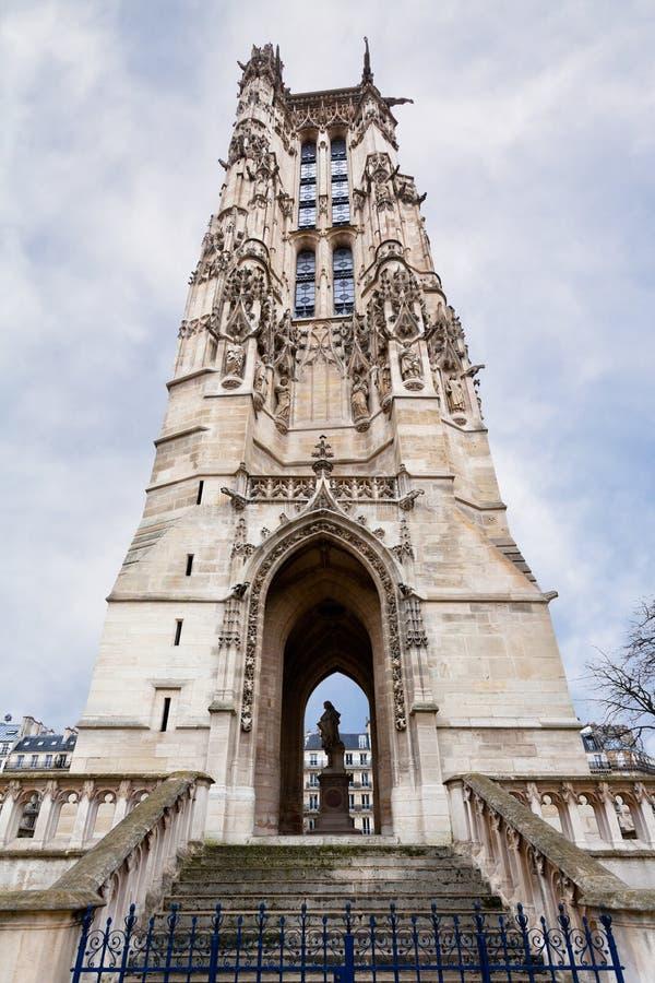 Башня Святой-Jacques в Париже стоковые изображения rf