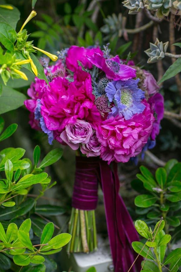 Цветки и букет стоковое фото