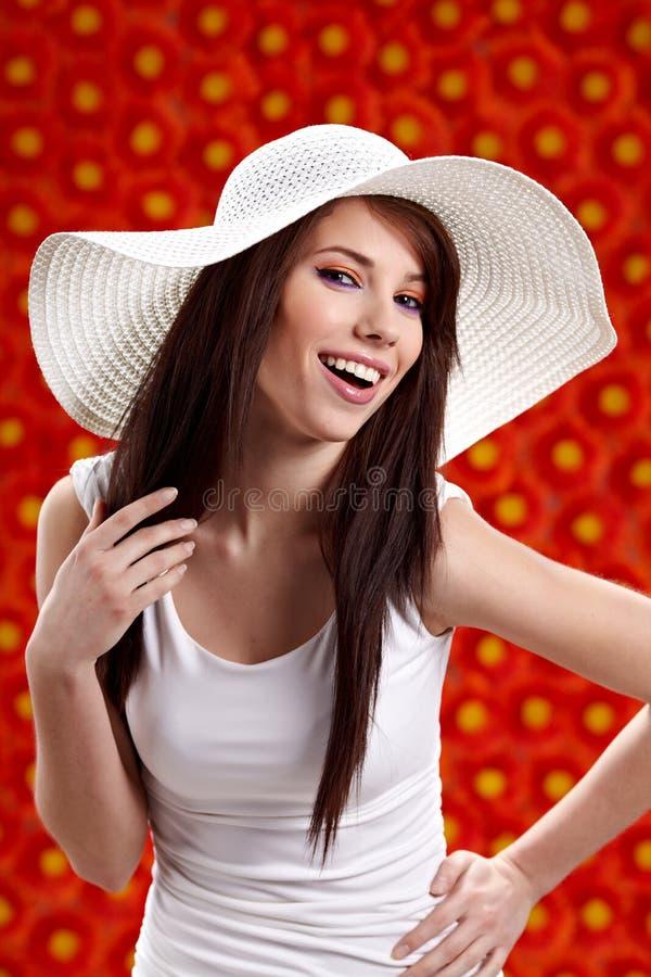 цветки над красной женщиной лета стоковое фото rf