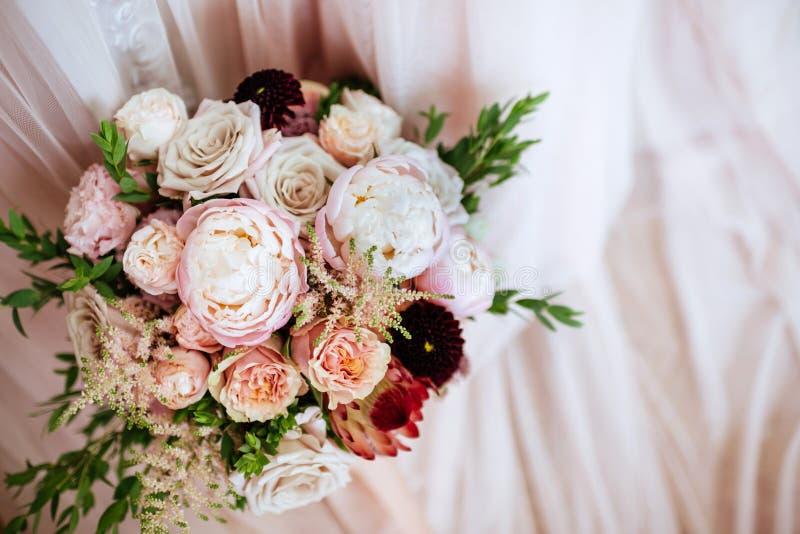 Цветки свадьбы, bridal крупный план букета стоковое фото rf