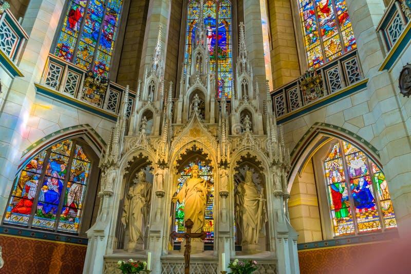 Цветное стекло базилики вся церковь Schlosskirche Wittenberg Германия замка Святых стоковая фотография rf