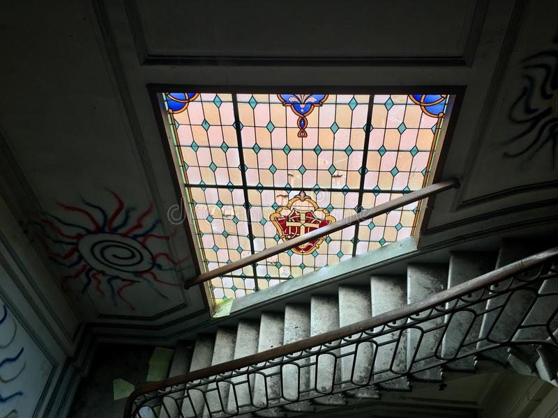 Цветное стекло Urbex стоковое фото