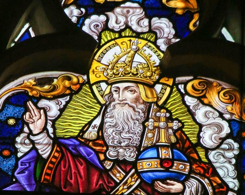 Цветное стекло - бог в рае стоковое фото rf