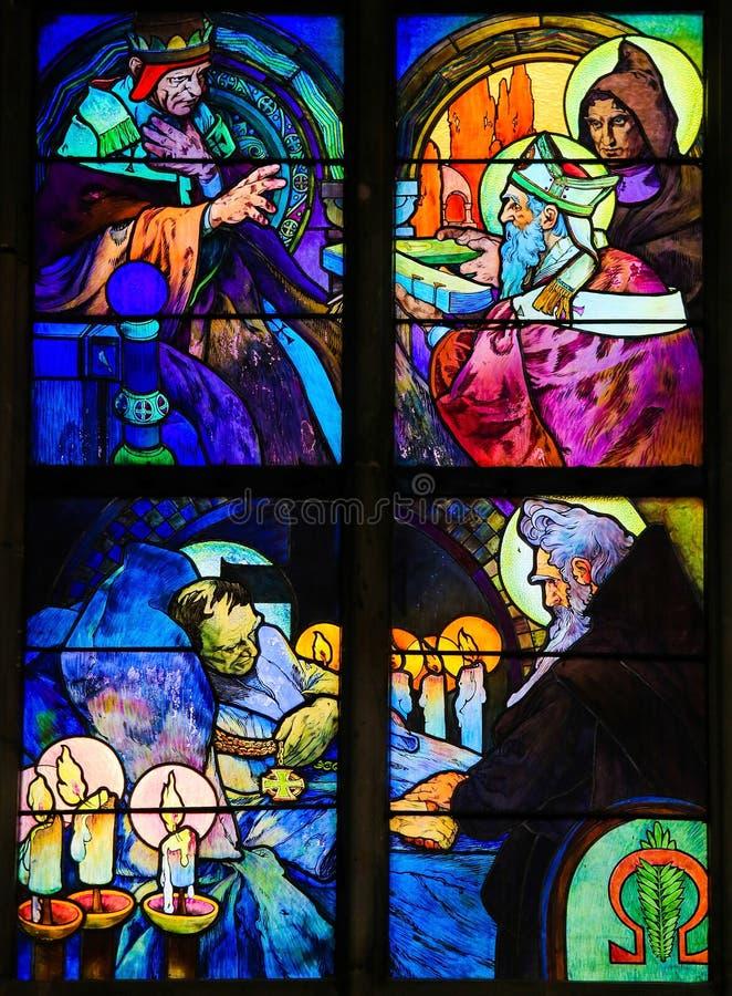 Цветное стекло Святых Кирилла и Methodius Alphonse Mucha стоковые изображения rf