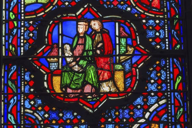 Цветное стекло Sainte Chapelle Париж Франция Иисуса Mary Иосиф стоковое изображение rf