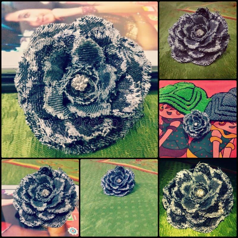 Цветок сделанный от джинсов, рециркулирует стоковая фотография