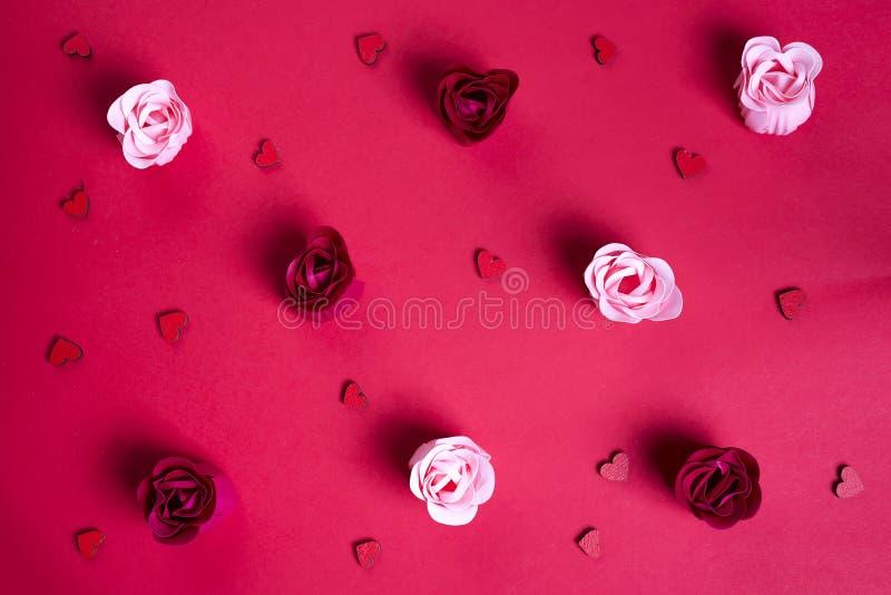 Цветочный узор сделанный роз бутонов стоковое фото