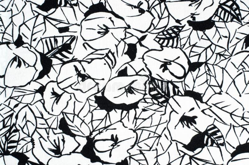 Цветочный узор Grafic на ткани бесплатная иллюстрация