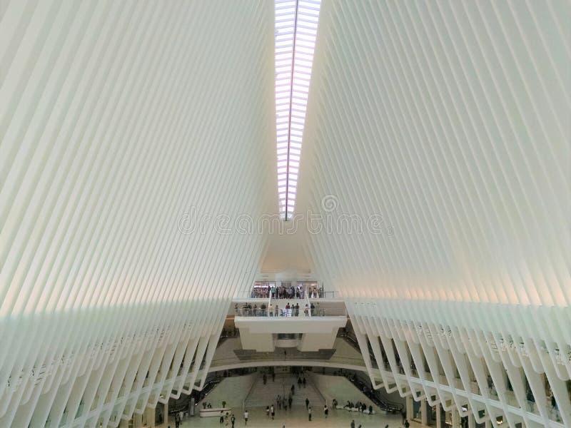 Центральное oculus сентябрь 2018 мола метро NYC стоковые фотографии rf