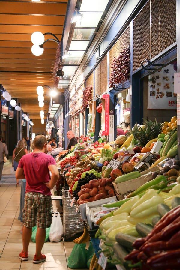 Центральный рынок Hall Будапешт Венгрия стоковые фото