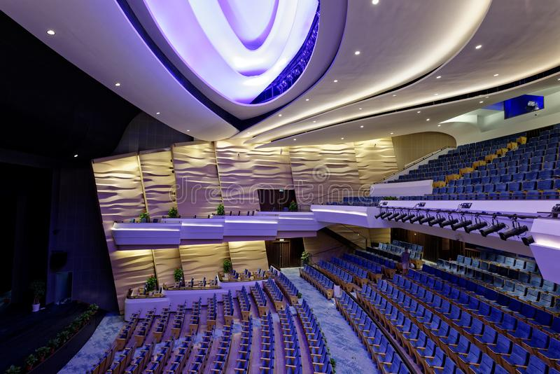 Центра танца Шанхая театр международного грандиозный стоковое изображение