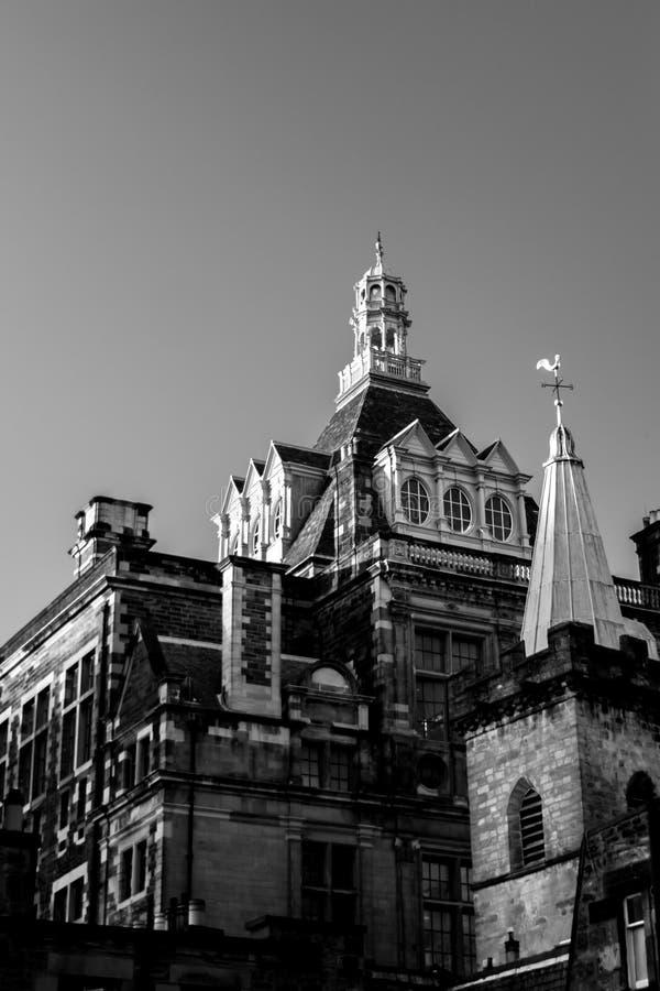 Центральная библиотека, Эдинбург от строки Candlemaker стоковое фото