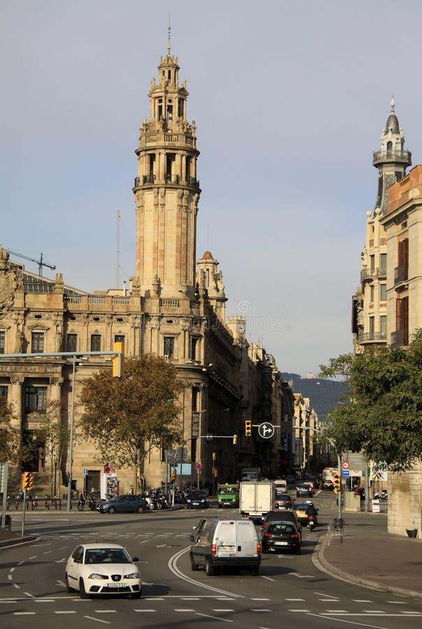 Центральное здание почтового отделения в Барселоне, Каталонии, Испании стоковые фото